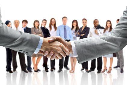 Alíate con tu competencia para conseguir más clientes